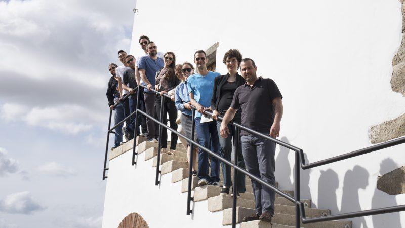 visitantes na torre
